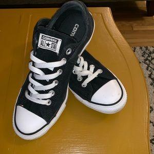 Black Converse!